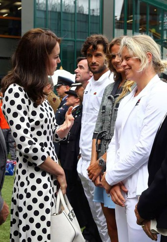 Chiacchiere con l'ex giocatrice Kim Clijsters (Afp)
