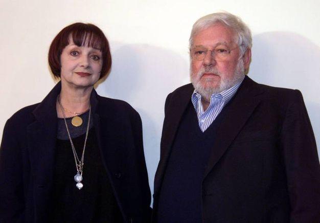 Con Milena Vukotic, l'attrice che ha dato il volto alla moglie del ragionier Fantozzi (Ansa)