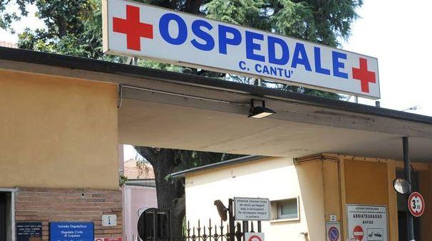 Abbiategrasso, l'ospedale Costantino Cantù al centro della battaglia