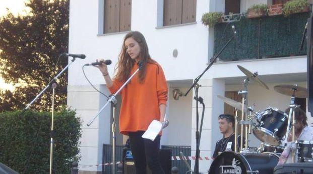 Beatrice Vanotti, 16 anni, sul palco di Bollate Young Music 2017