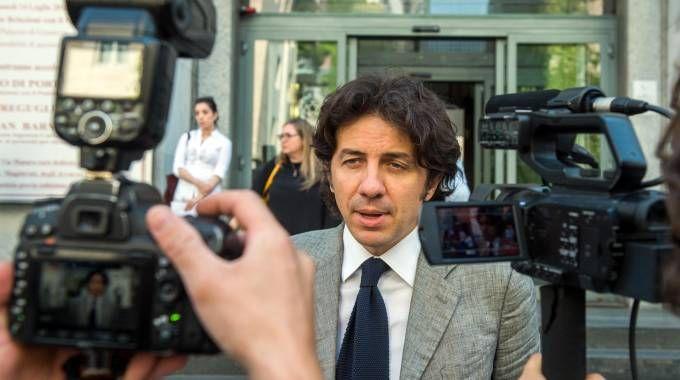 Il parlamentare europeo Marco Cappato in tribunale a Milano (Ansa)