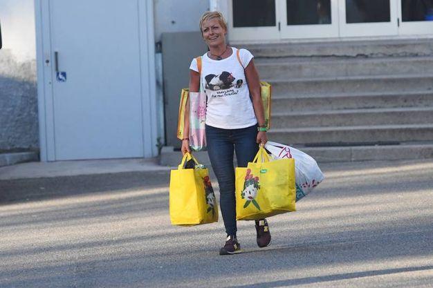 Daniela Poggiali esce dal carcere di Bologna (FotoSchicchi)