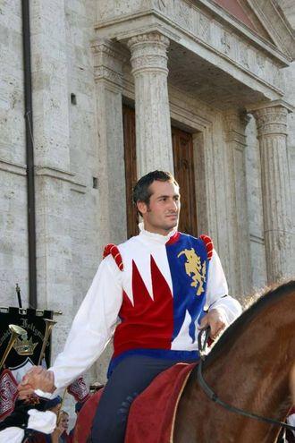 Cavaliere di Porta Romana (Foto Labolognese)
