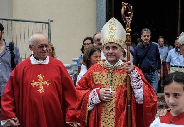 Monsigor Delpini a Jerago con Orago (Newpress)