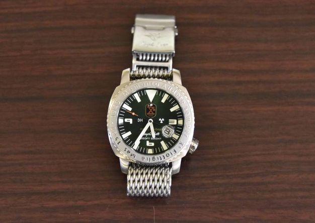 Un orologio rubato in uno dei colpi messi a segno dalla banda (Foto Novi)
