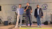 Il leader del Carroccio, Matteo Salvini, alla festa della Lega Nord a Galeata tra il segretario romagnolo Jacopo Morrone e il deputato Gianluca Pini (foto Frasca)
