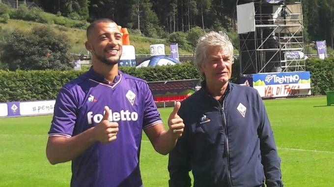 Un momento della presentazione: Vitor Hugo con Antognoni
