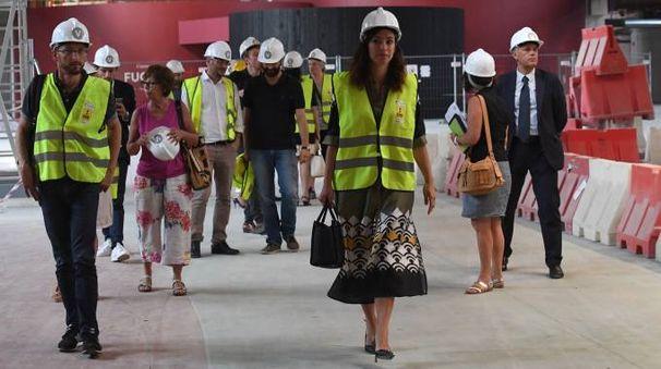 La visita al cantiere di Fico. Al centro, Sara Liparesi, responsabile della gestione