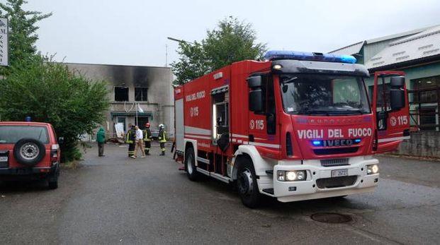 L'incendio in via Emilia est