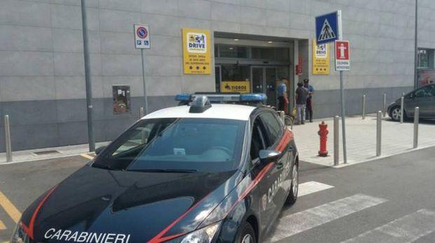 Carabinieri al Tigros di Canegrate per il tentato furto