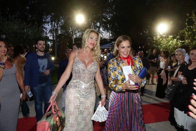 Gli ospiti vip: Valeria Marini e Simona Ventura (Foto Umicini)