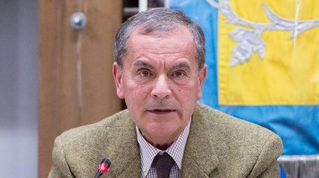 Il sindaco di Pogliano Vincenzo Magistrelli aveva raccolto le proteste di molti cittadini