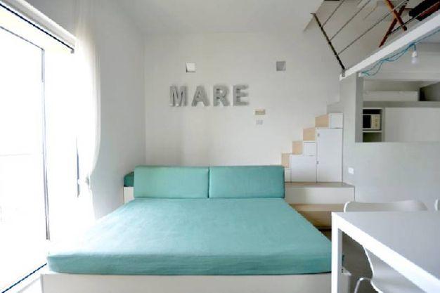 Progettare e arredare un piccolo appartamento al mare for Appartamento al mare design