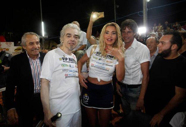 Morgan e Valeria Marini tra Mario e Patrick Baldassari (foto Corelli)