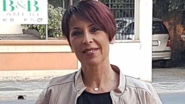 Carla Sacchet era nata a Belluno il 4 marzo 1969, viveva a Bellaria Igea Marina da moltissimi anni, aveva due figli, Elisa e Lorenzo. Era molto conosciuta e stimata, da sempre lavorava come commessa al bar pasticceria 'Succi'