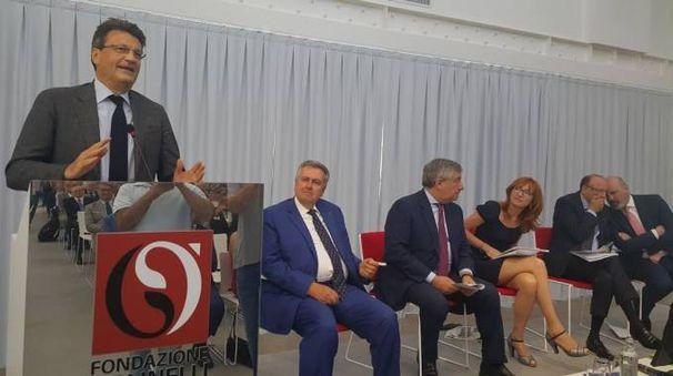 Il primo discorso del modenese Ferrari come presidente regionale