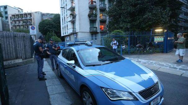 Polizia sul luogo dell'aggressione dell'avvocatessa