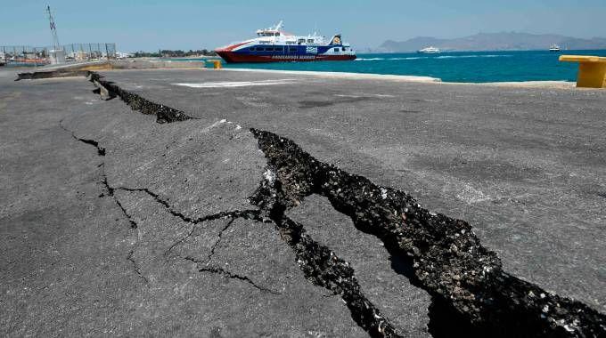 Risultati immagini per La Grecia trema ancora. Terremoto di 5.2 a Creta