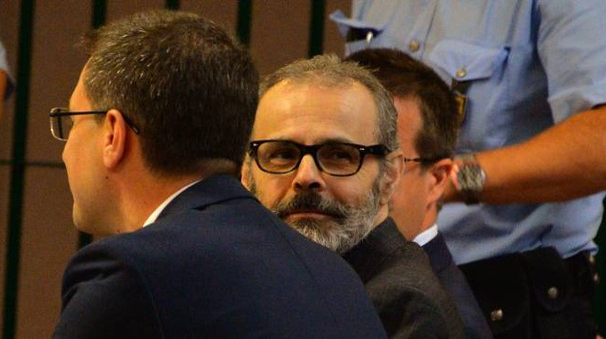 Leonardo Cazzaniga in tribunale a Busto (Newpress)