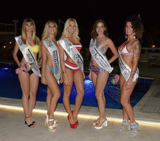 Miss Monnalisa, le cinque che passano alla selezione regionale: Daniela Parma, Melory Bianchi, Camilla Rupalti, Francesca Silvi e Laura Del Bianco (foto video Camel)