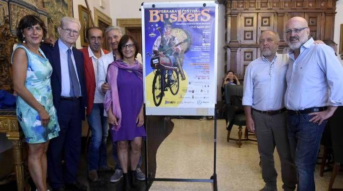 PREPARATIVI La presentazione ieri in Comune, con tra gli altri il sindaco Tagliani e l'ex sindaco Soffritti