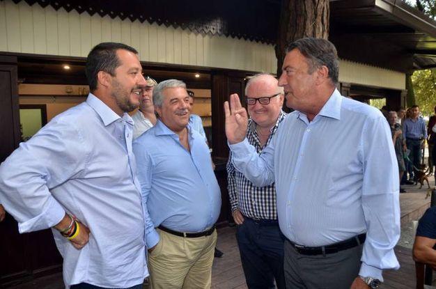 Matteo Salvini con il direttore della Nazione Francesco Carrassi e il caposervizio della redazione di Viareggio Enrico Salvadori (foto Umicini)