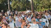 Il pubblico a sentire Matteo Salvini al Caffè della Versiliana (foto Umicini)