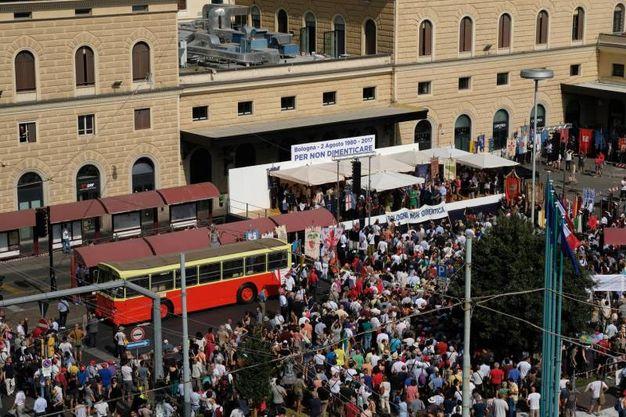 La commemorazione in stazione (Foto Schicchi)