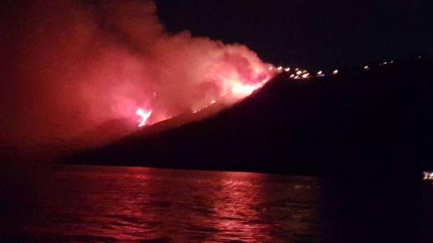Incendio al San Bartolo durante la notte