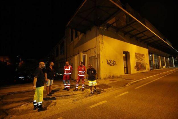 Al Palazzetto attendono gli sfollati (Fotoprint)