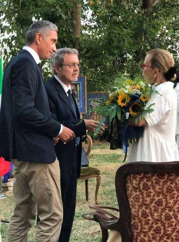 Il marchese Emilio Petrini Mansi con il maestro Bomba e Maria Beatrice di Savoia