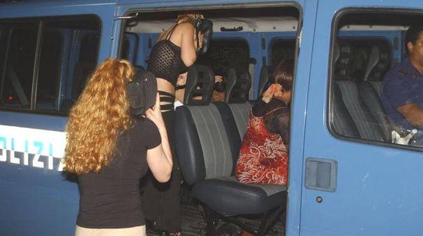 Via ai nuovi controlli contro la prostituzione