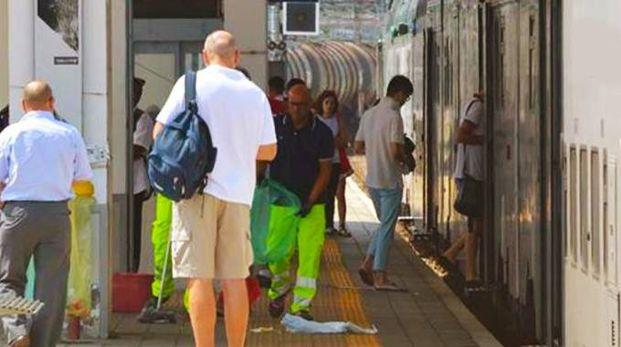 Intervento alla stazione di Treviglio dopo il pestaggio (De Pascale)