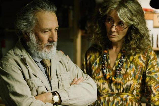 Con Emma Thompson in una scena di 'The Meyerowitz Stories' (Ansa)