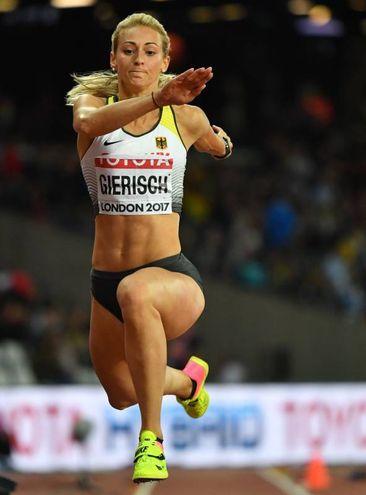 Kristin Gierisch, salto triplo (Afp)