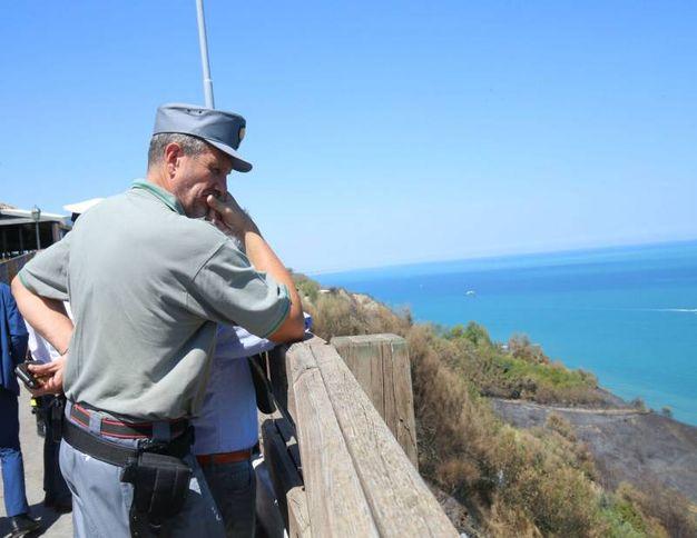 I carabinieri forestali sul San Bartolo (Fotoprint)