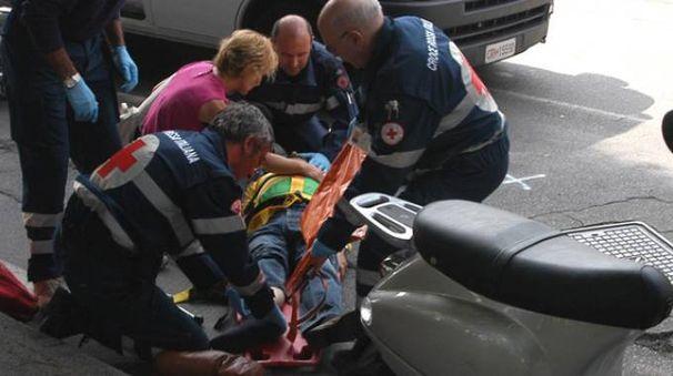 L'uomo  39 anni, è stato subito soccorso
