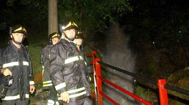 Vigili del fuoco in azione (Orlandi)