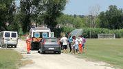 I soccorsi al campo sportivo del Quartiere Valdaso di Pedaso (foto Zeppilli)