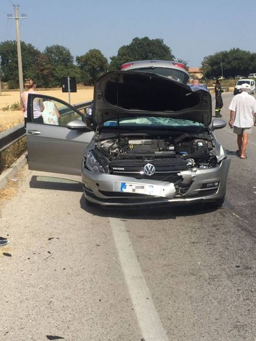 L'incidente a Triangolo di Monte Urano (foto Zeppilli)