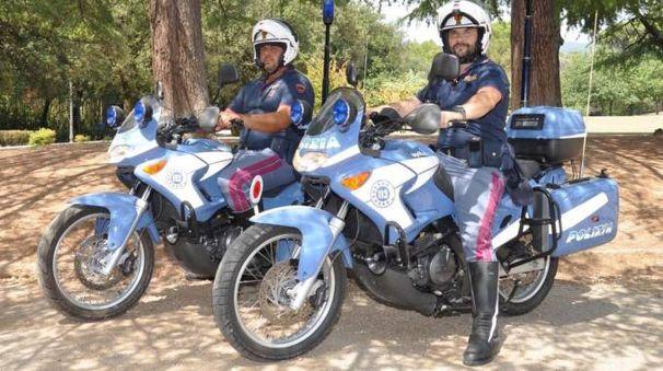 Poliziotti in moto