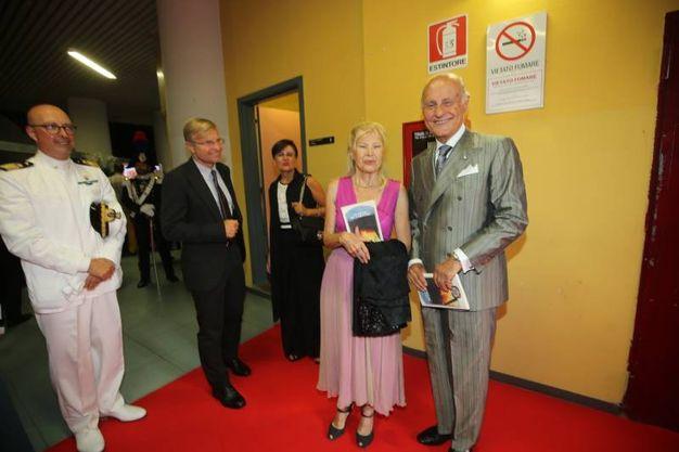 L'ambasciatore Giorgio Girelli con signora (Fotoprint)