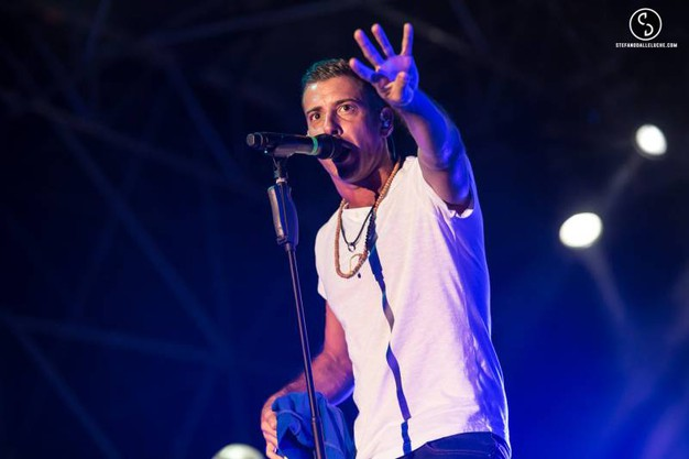 Francesco Gabbani 'sold out' a Villa Bertelli (foto Stefano Dalle Luche)