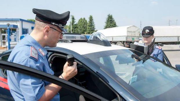 L'uomo di 43 anni è stato sorpreso con 100 euro addosso, considerato provento del furto (Foto d'archivio Spf)