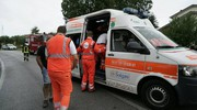 Sul posto sono intervenute tre ambulanze, automedica e vigili del fuoco (Foto Zeppilli)
