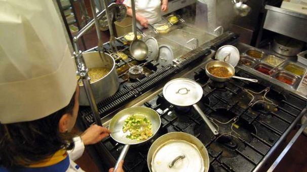 Un cuoco (foto Ravaglia)