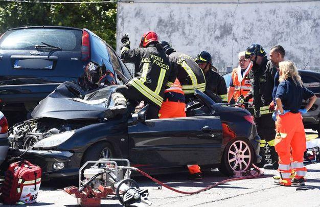 La Peugeot incidentata (Foto Migliorini)
