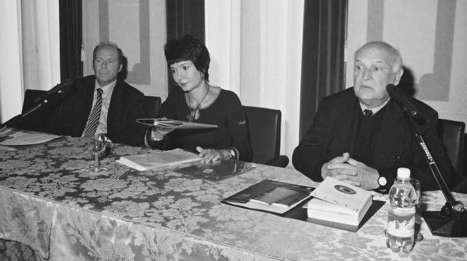 AMICI Elisabetta Sgarbi con Gian Antonio Cibotto (archivio)