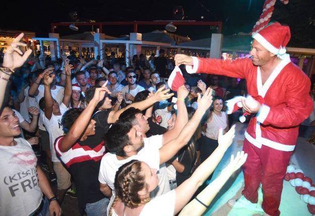 Spunta Babbo Natale (foto Migliorini)