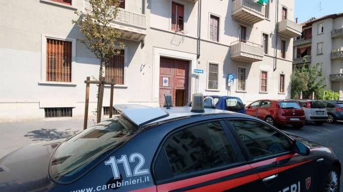 Carabinieri sul luogo dell'aggressione